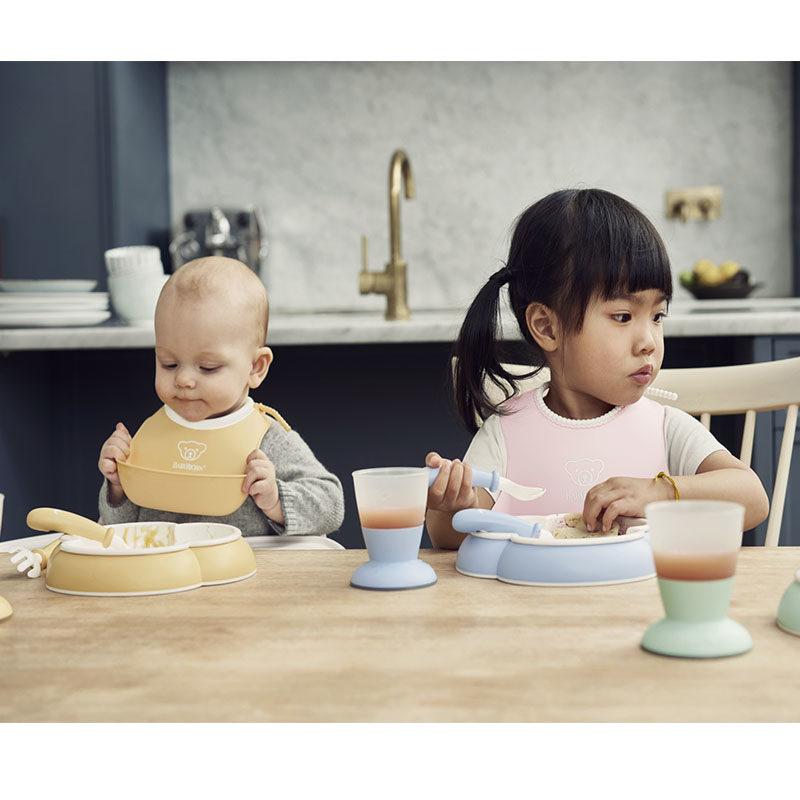 Babybjorn Комплект (2 тарелки, 2 ложки, 2 вилки ) в упаковке, нежно-голубой