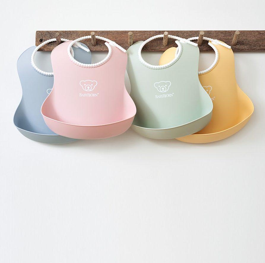babybjorn-kitchen-new-colors-2019-bibs