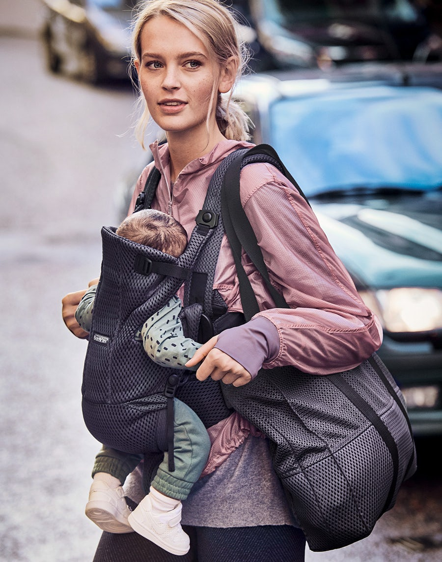 babybjorn-baby-carrier-move