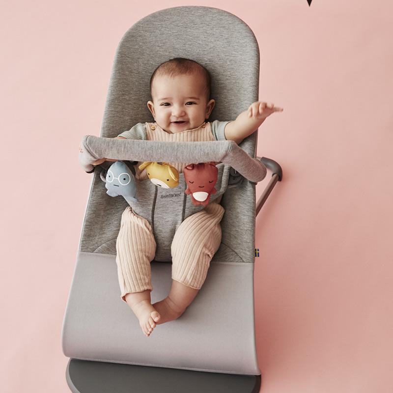 кресло шезлонг babybjorn
